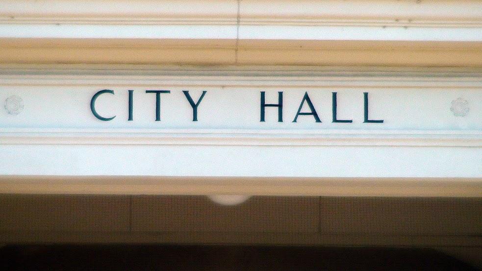 lawrence_city_hall