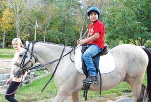 Diego Ortiz disfrutanto de su día en Windrush Farm.